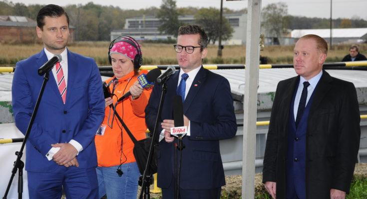 Decyzja o powrocie do transportu wodnego wpisuje się w rządową politykę wspierającą użeglowienie Odry.
